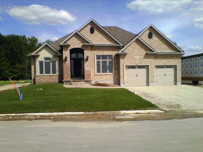 Pk custom homes exterior 10 for Unique home exteriors